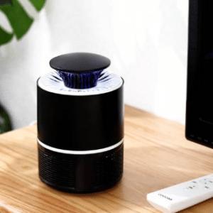 Insectenlamp tegen vliegende insecten - UV licht - Met USB aansluiting - Zwart (Merkloos)